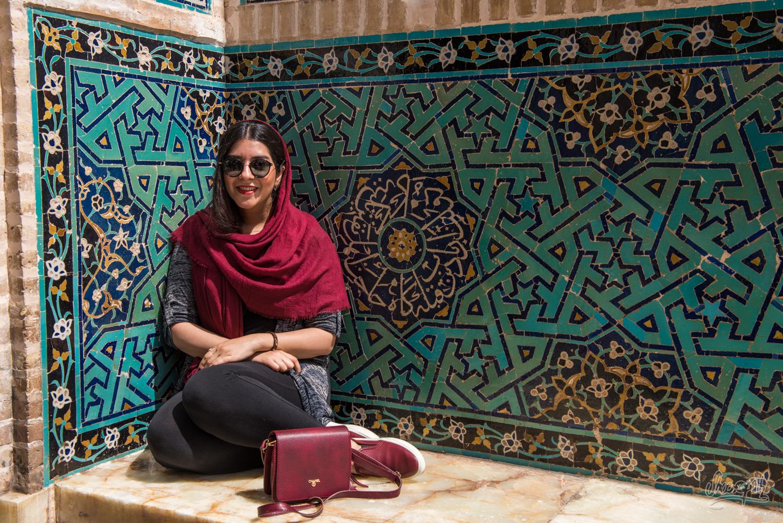 Dans les rues de Yazd, une jeune étudiante avec qui nous avons tapé la causette