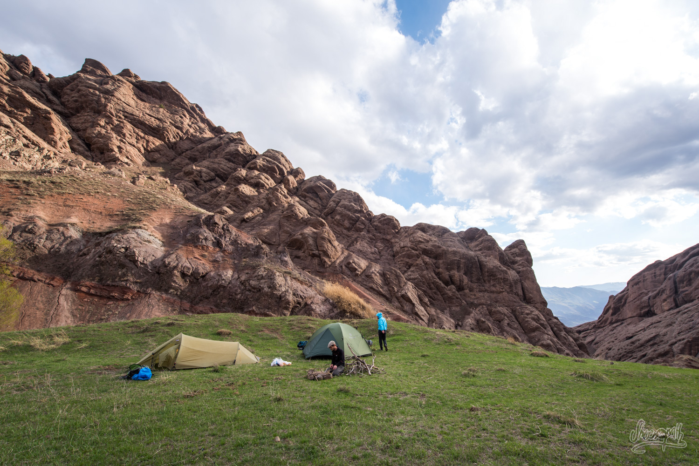 Camping dans la vallée d'Alamut