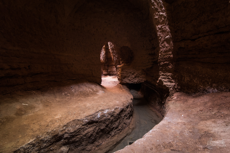 Un qanat, dans le désert de Lut près de Kerman