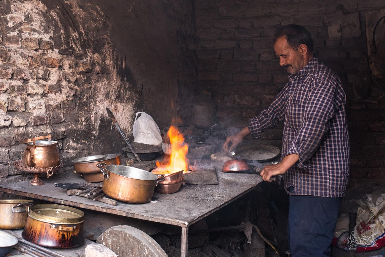 Peuple d'Iran - Un étameur Kerman