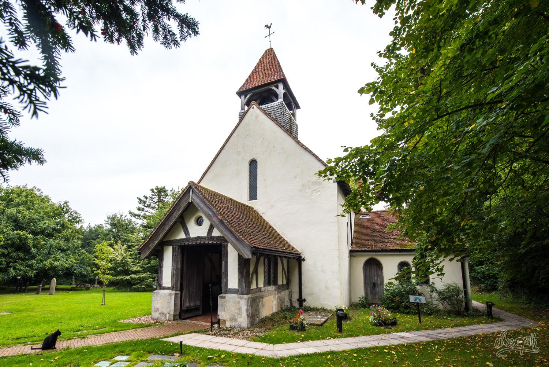 Une petite église très ancienne sur la Vanguard Way