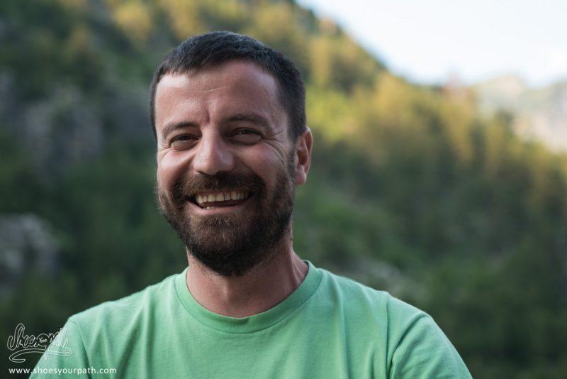 Pavlin, Le Propriétaire De La Bujtina Polia Guesthouse Et Un Des Créateurs De Peaks Of The Balkans