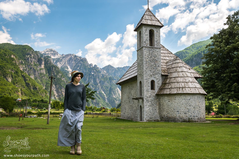 La vieille église de Theth - Albanie