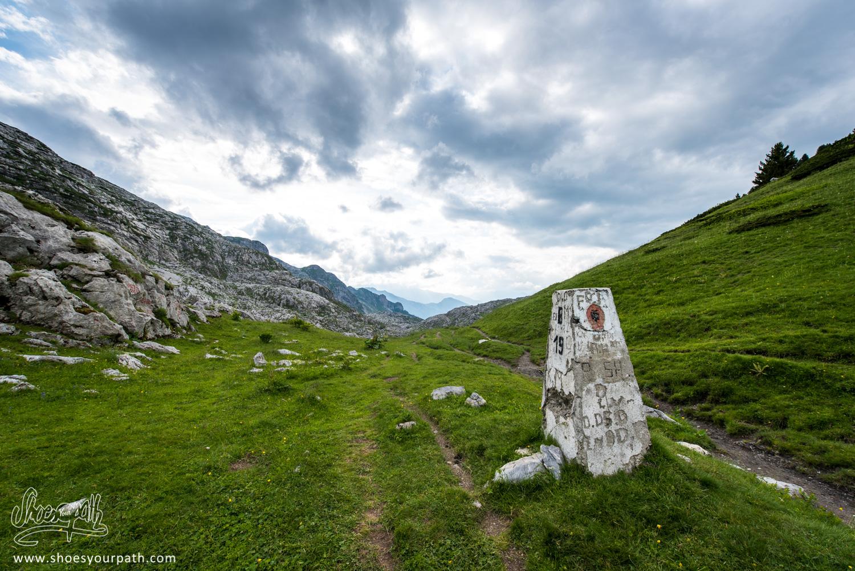 Le col de Borit. Passage de la frontière, retour en Albanie après un bref détour au Monténégro pour passer les cols