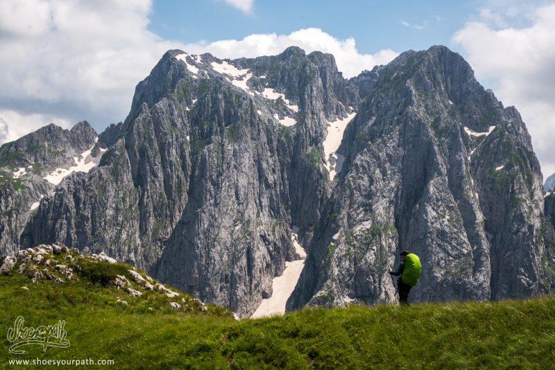 Je Crois Qu'on A Trouvé Notre Emplacement De Camping Dans La Grebaje Valley !