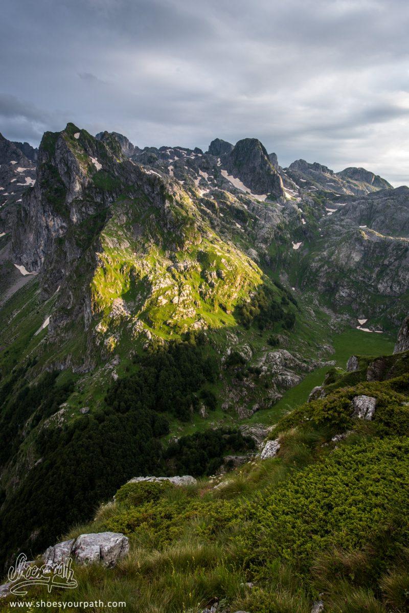 Coucher De Soleil Sur La Grebaje Valley