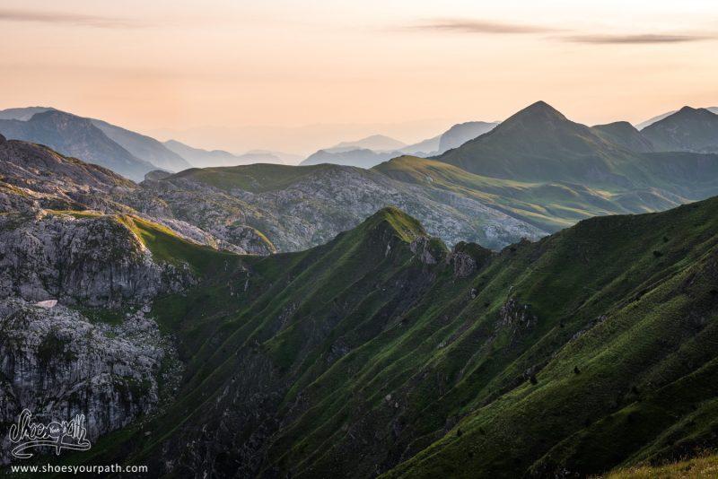 Coucher De Soleil Sur Le Mont Taljanka