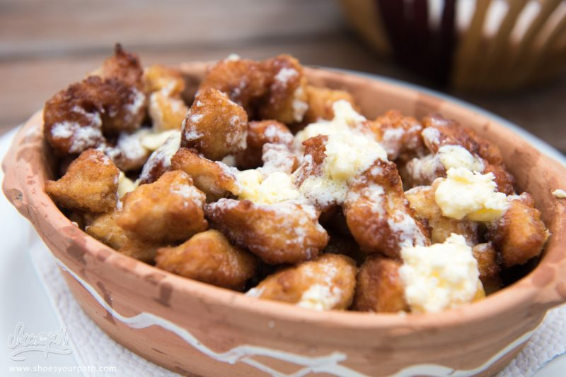Pohovani Pileci File U Kajmaku, Filets De Poulets Frits à La Sauce Au Fromage
