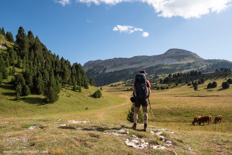 Arrivée Sur Le Vallon De Combeau Par Le Pas De L'Essaure, Première étape Sur Le Plateau Du Vercors.