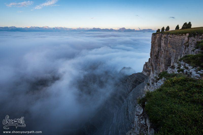 Le Bout Du Monde, La Fin Du Plateau Du Vercors Plongeant Vers La Vallée