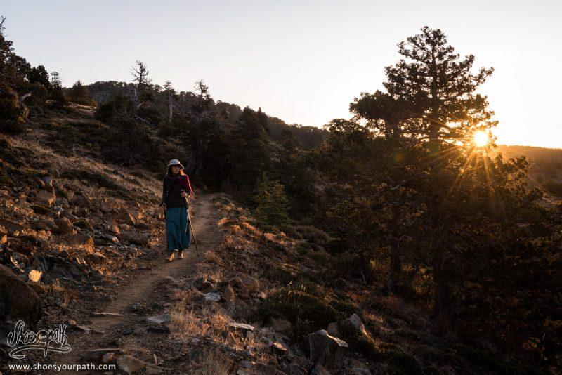 Lever De Soleil Sur Le Atalanti Nature Trail Et Le Massif De Troodos - Chypre