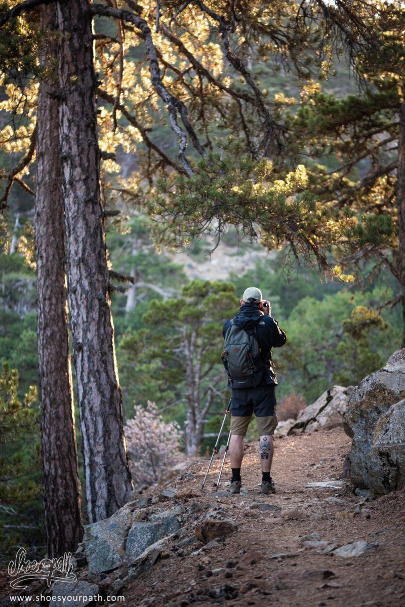 Quentin Dans Les Premières Heures Du Jour Sur Le Atalanti Nature Trail - Chypre