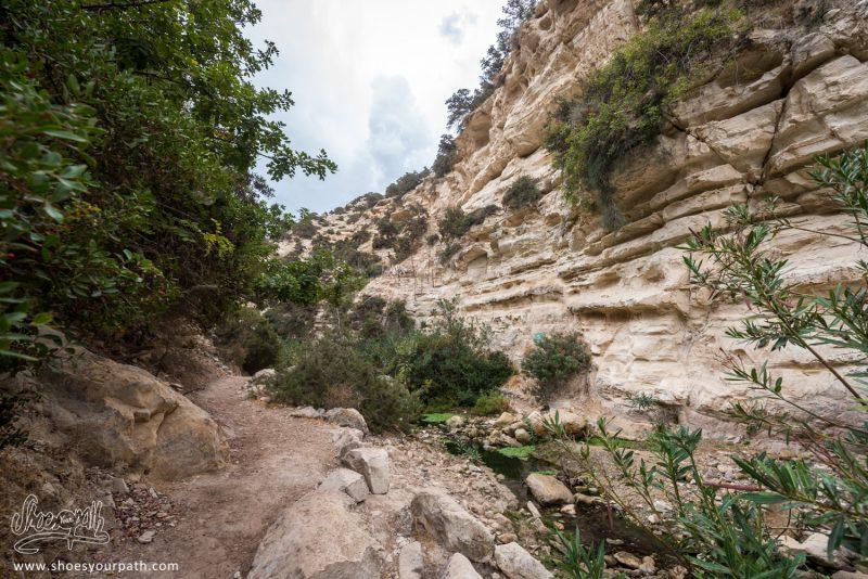 Au Départ De La Randonnée Des Gorges D'Avakas