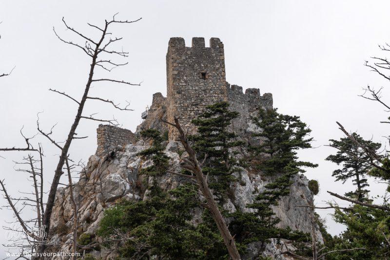 L'une Des Tours Sur Les Promontoires Les Plus élevés Du Château De Saint Hilarion