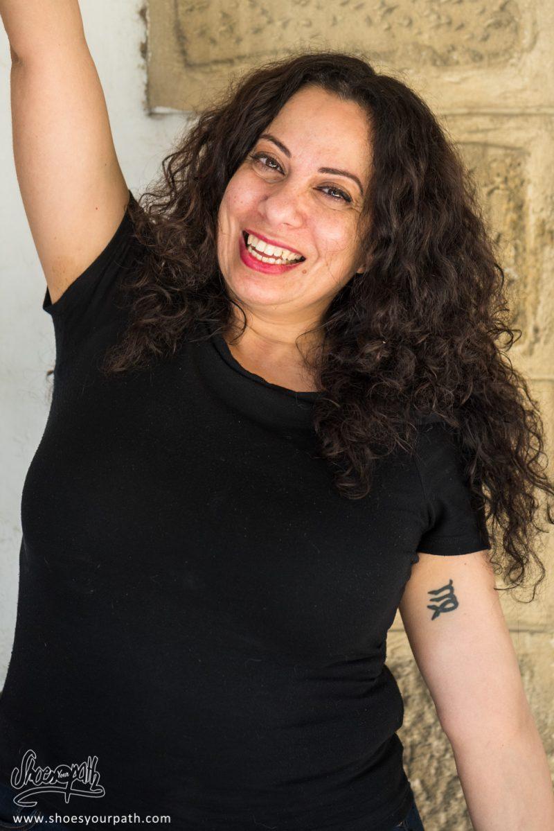 Notre Nouvelle Amie Katia, Hôtesse à L'office Du Tourisme De Larnaca - Chypre