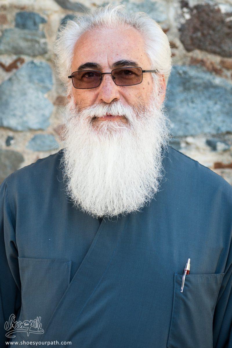 Le Prêtre Orthodoxe De Kyperounta