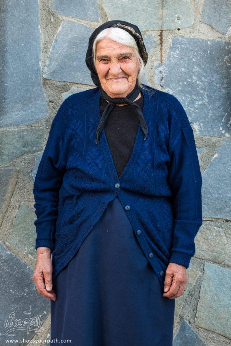 Magnifique Grand-mère Chypriote De Kyperounta