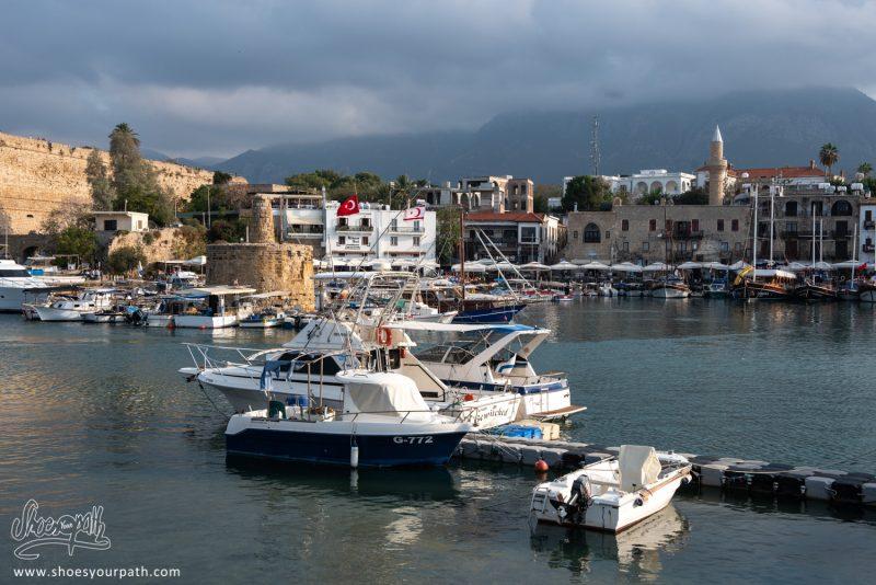 Fin D'après-midi Sur Le Port De Kyrenia