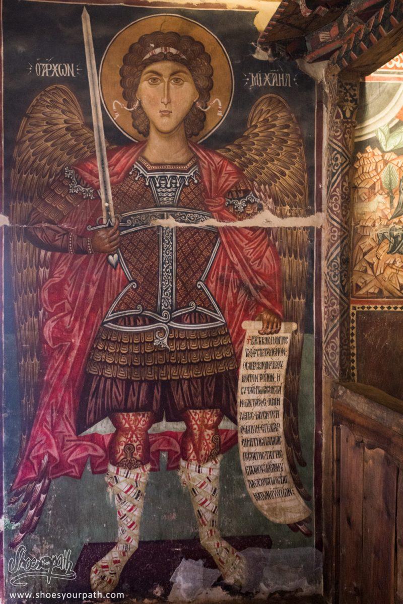 Le Fameux Saint Michel Archange Sur La Fresque Murale De La Chapelle à Pedoulas