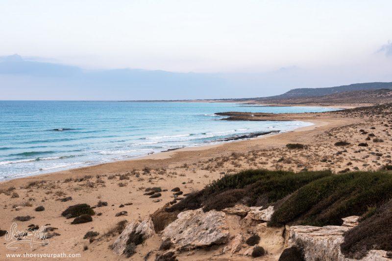 Les Plages Idylliques De La Péninsule De Karpaz à Chypre Du Nord. Celle-ci Est Innacessible, C'est Un Lieu De Reproduction De Tortues Marines