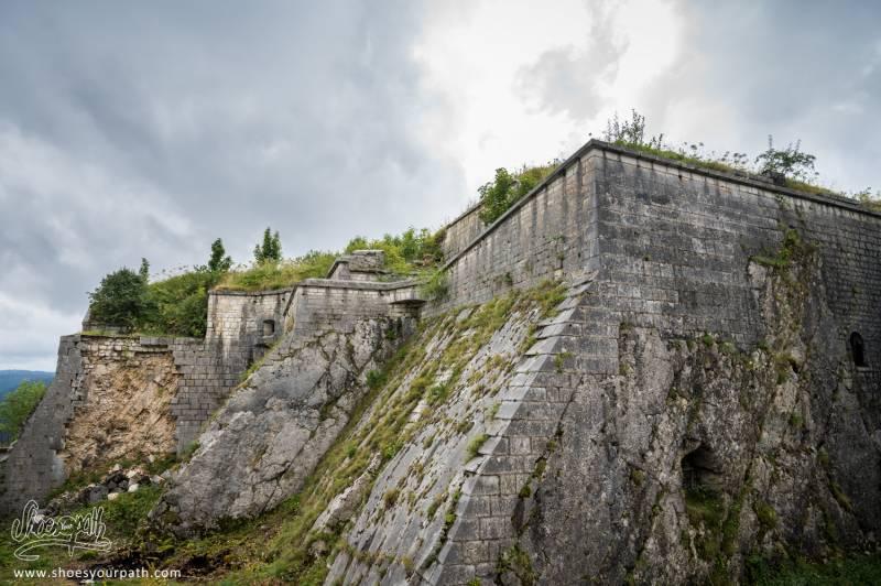 Fort Malher Du Larmont Inférieur, Non Loin De Pontarlier