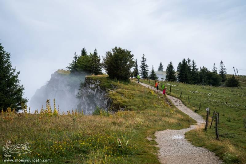 En Arrivant Au Sommet Du Mont D'Or