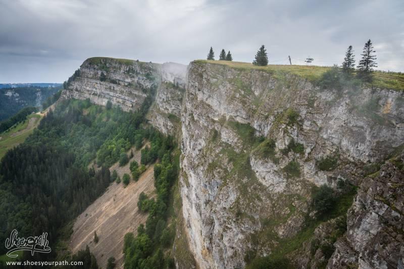 Les Falaises Du Sommet Du Mont D'Or